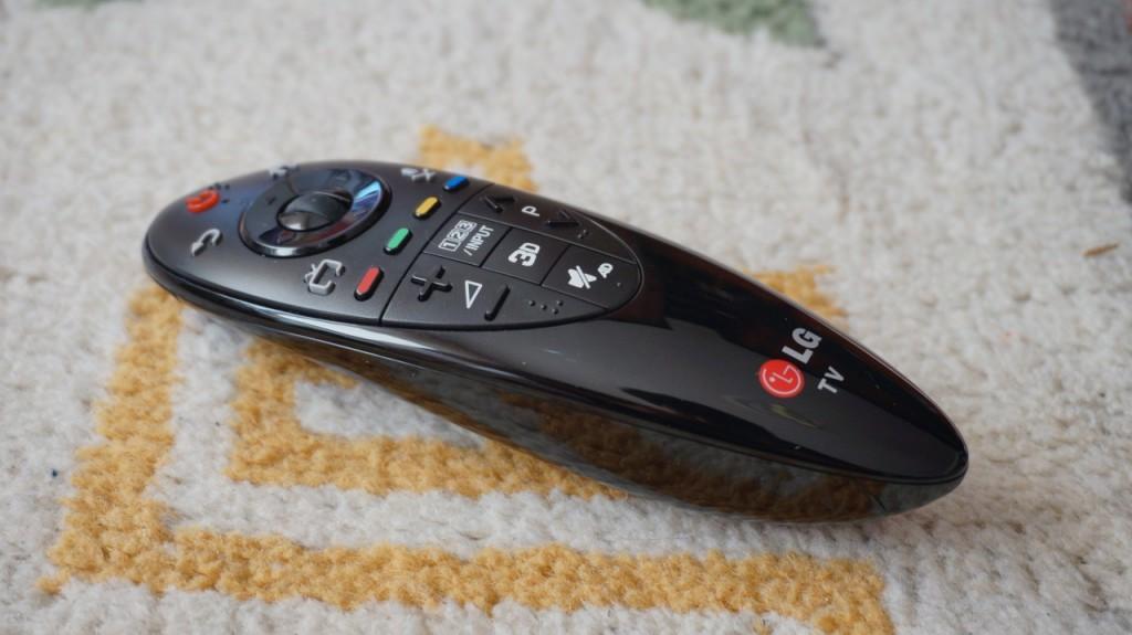 Televizor SMART 3D LG 47LB731V - Review 14
